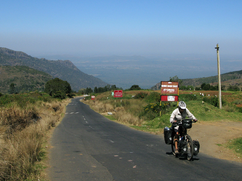 Climbing up to Ooty