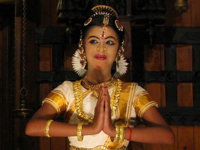 Kathakali dancer 2